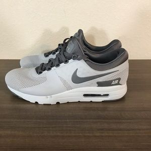 Nike Air Max Zero Essentials